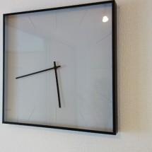 モダンな時計